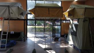Roof top tent 1.8 Superior showroom